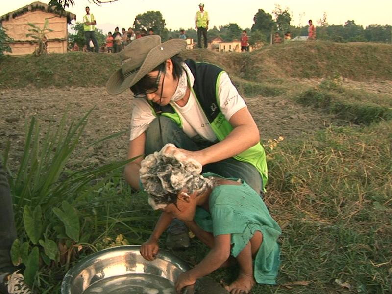 1.네팔에서 인간 김혜수를 만나다<br>2.LA, 코리언 타코는 트위터를 타고