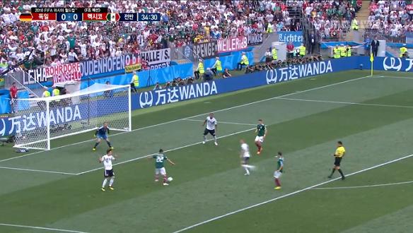 [골장면] <F조 예선> 독일 VS 멕시코, 순간적인 역습으로 첫골! 로사노가 해냈다!