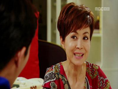 [50회] 영애, 현태와 몽현 앞에서 폭풍애교 '흐뭇'