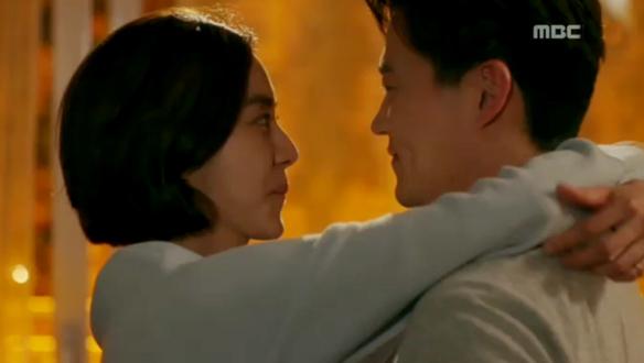 """""""사랑한다고 한 번만 해 주면 안 되나""""…혜수(유이), 지훈(이서진)과 눈물의 블루스 '애틋' [16회]"""