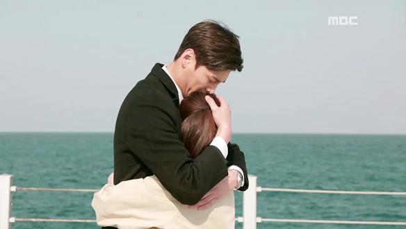"""""""보고 싶었어요""""…드디어 재회한 멍뭉 커플! 성준(이태환)♥동희(박은빈) '달달 포옹' [38회]"""