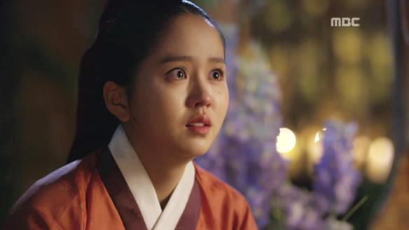 """""""아가씨, 어찌 저를 몰라보십니까""""…가은(김소현) 앞에 가면 벗은 이선(엘), 진짜 세자 누구인지 말할까? [27회]"""