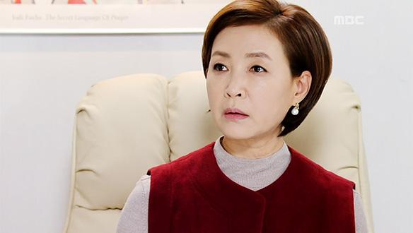 """""""여긴 웬일이에요?""""…향미(정애리), 재민(지은성)의 방문에 당황 '불안한 기색' [52회]"""