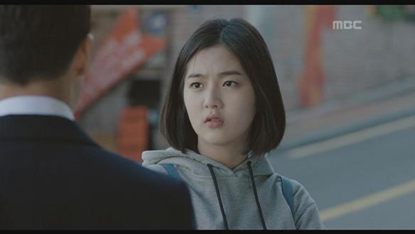 """""""엄마도 여자거든?""""…딸 영선(신은수), 눈치 없는 아빠 지철(장혁)에게 일침 [11회]"""