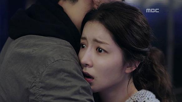 """""""이게 다 뭐예요?""""…예린(정인선), 킹스백에 몰래 잠입?! [14회]"""