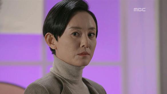 """""""뭐 하는 짓이야!""""…김실장(윤다경)의 계획"""