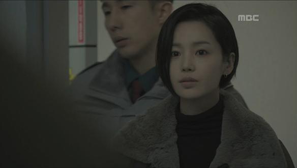 """""""남자는 왜 또 팼냐?""""…간밤에 폭행으로 구치소 수감된 수영(남규리) [12회]"""