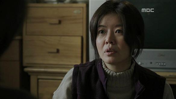 """""""붉은 울음은 대체 누군데요""""…붉은 울음의 정체가 우경(김선아)?"""