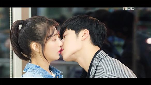 """""""내 속에 비밀이 한가지 자라났다""""…시현(우도환), 태희(박수영)의 고백에 키스 [8회]"""