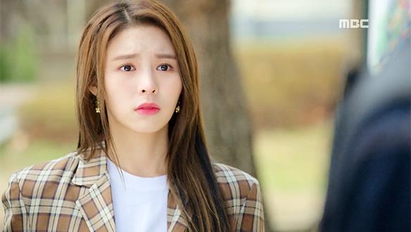 """""""끝 하기 싫어요 몽몽""""…명하(김민규)·몽몽(엘키), 두근두근 핑크빛 썸 시작?!"""