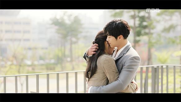 """""""반갑다. 은태희""""…5년 만에 재회한 태희(박수영)♥시현(우도환), 사랑 이루며 '해피엔딩' [32회]"""