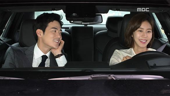"""""""한승주 아닌 거 같은데""""…작두(김강우), 예쁘게 차려입은 승주(유이)에 '꿀 눈빛' 발사♥"""