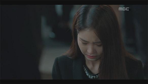 """""""정말 죄송합니다""""…채아(황승언), 길거리 사람들 앞에서 지현(서현)에 무릎 꿇어"""
