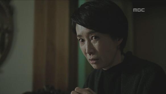 """""""얼마나 말 못 할 비밀이길래...""""…벽난로에서 환청 들으며 괴로워하는 우경(김선아)의 엄마"""