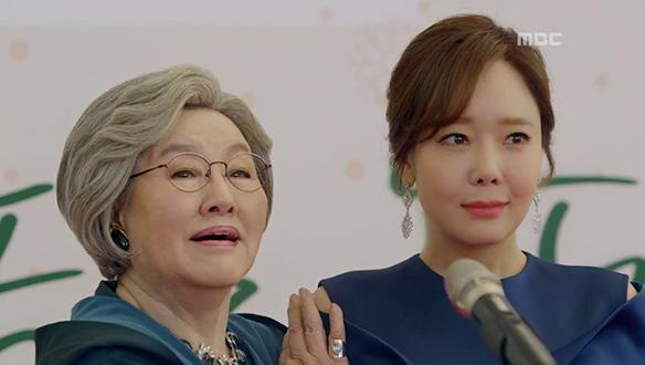 """""""제 손녀 최치우양을 소개합니다 """"…치우(소유진)를 향한 이목 집중"""
