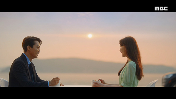 """""""저녁 같이 드실래요?""""…저녁 먹으며 첫 만남을 되새기는 해경(송승헌)과 도희(서지혜) [32회]"""