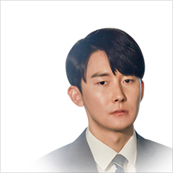 신민석역 김준한